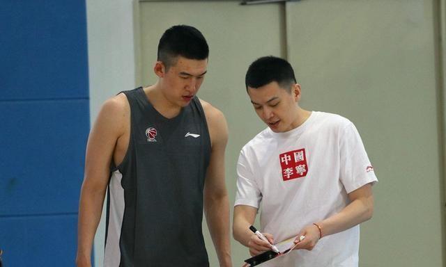 付豪二次注册完毕,辽宁男篮16人阵容有惊喜,20岁超新星随队出征
