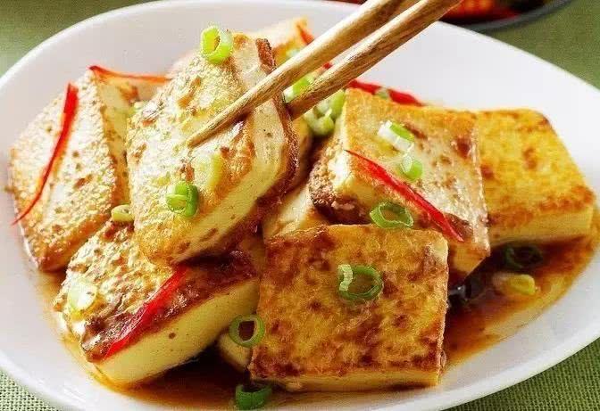 美食推荐:凉拌杏鲍菇,蔬菜丸子,栗子扒全鸡,花生蒸排骨的做法