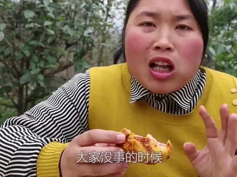 胖妹做的烤鸡翅看着就让人食指大动,女儿吃得真香太过瘾了