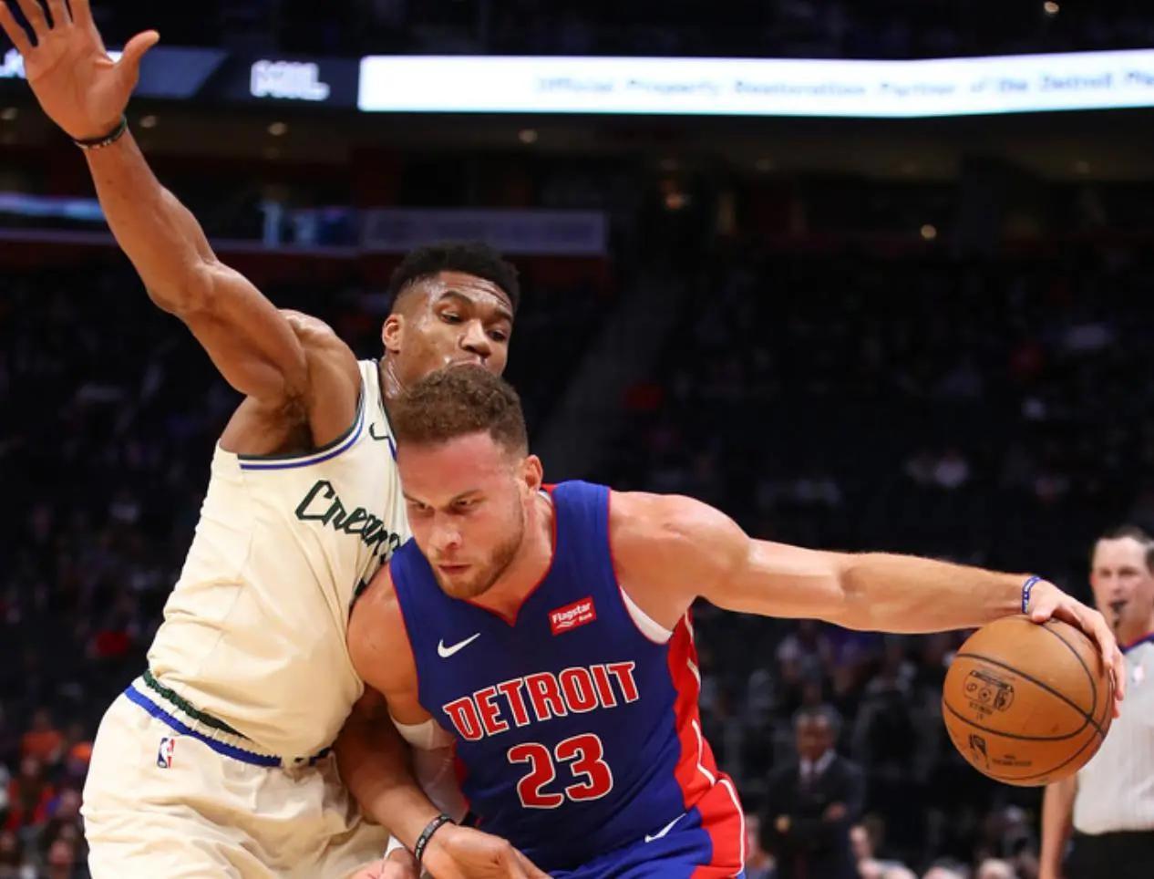 格里芬怒撕球衣,球迷:NBA没有感情