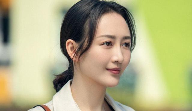 38岁的王鸥为何至今嫁不出去?看到这些照片,网友:不敢娶
