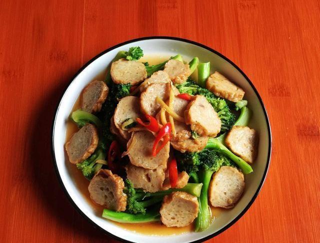 一家三口的午餐,半小时搞定4道菜,好吃又营养,天天光盘不浪费