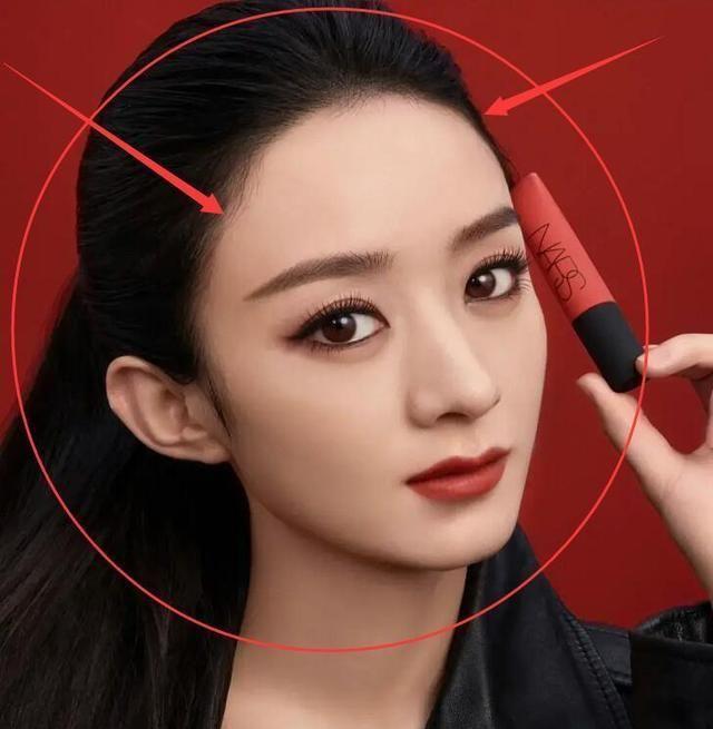 赵丽颖和王鸥拍同款广告,都扎高马尾,才懂发际线的重要性