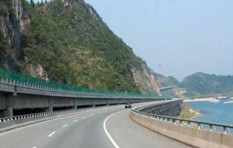 张家界又将新增条高速公路,带动城市经济发展,总投资约160亿元