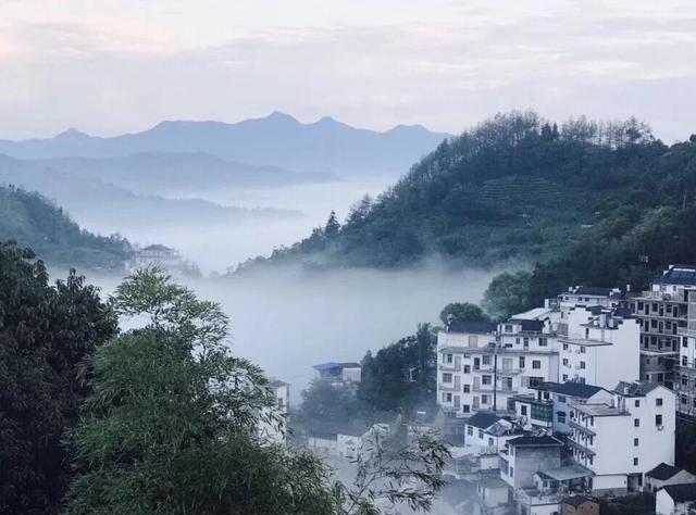 """安徽的""""婺源"""",距黄山1小时车程,被称""""世外桃源""""却免费开放"""