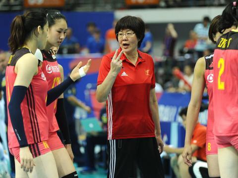 郎平:中国女排备战状态非常积极 希望奥运会之前能打比赛!
