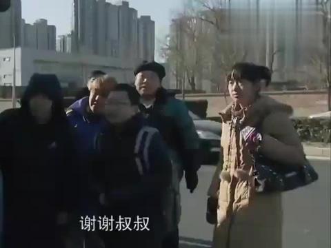 北京爱情故事:石小猛因救人,上班迟到,做好的广告方案也丢失