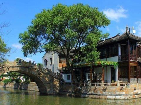 """上海耗资1500万升级的古镇,被称沪版""""周庄"""",免费开放值得一游"""