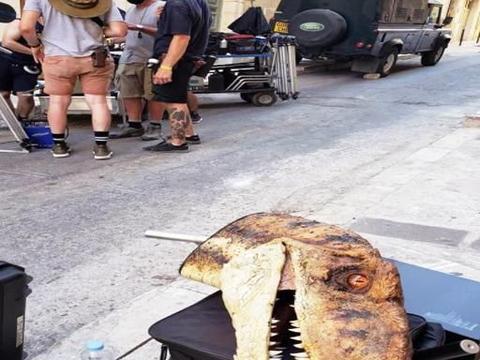 《侏罗纪世界3》众神归位,火盗龙进城吃食,新出二齿兽亮了