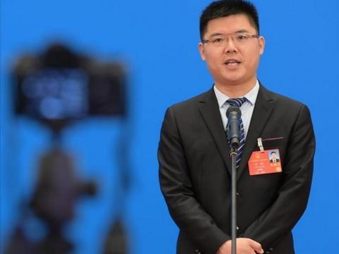 人大代表呼吁健全网络游戏法律法规,建议禁止明星代言网游