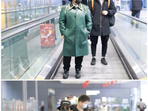 韩红虽然胖却很自信,穿衣风格自成一派,皮大衣配运动裤也挺时尚