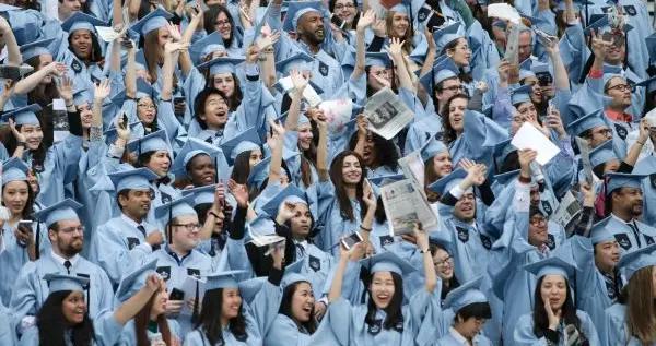 """美国仍是中国学生留学第一目的国,""""在地留学""""成新选择"""