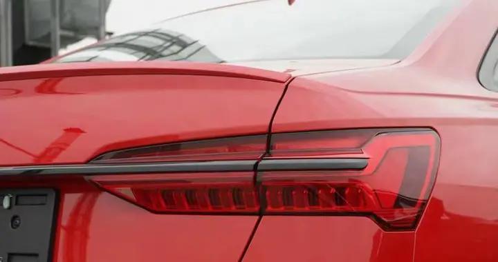 全新奥迪S6到店 2.9T双涡轮增压发动机