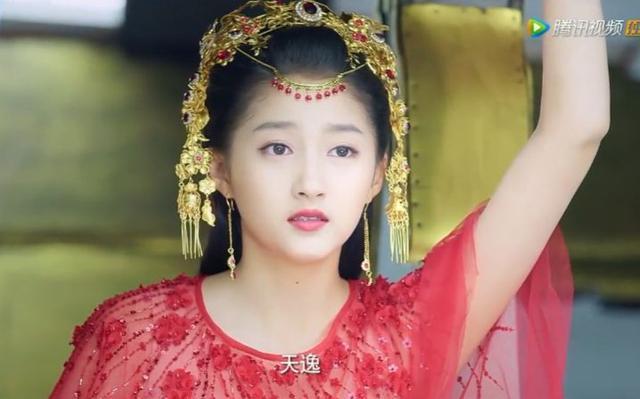 赵丽颖红衣,黄奕红衣,关晓彤红衣,李绮红红衣,谁最惊艳?