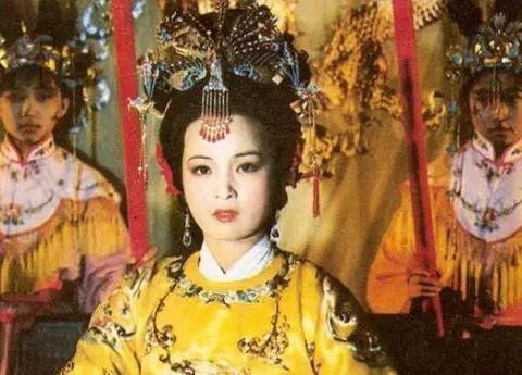 贾元春死亡真相被揭开,答案就藏在戏文《长生殿》里