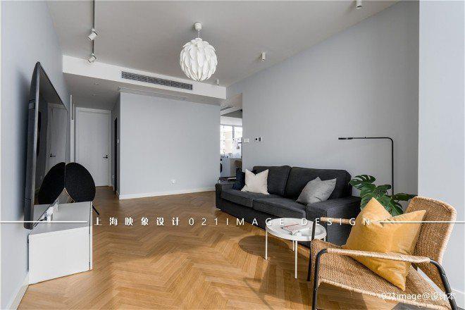 100平现代简约三居室,舒适和谐