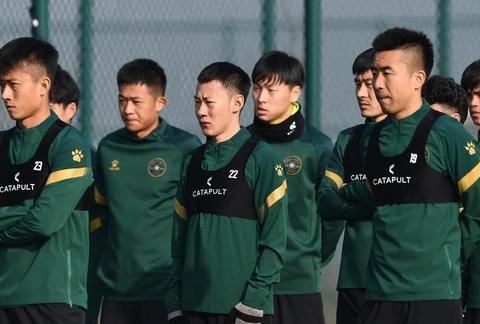 中超新赛季困局:沧州雄狮和浙江队需要被动增加球队投入打中超?