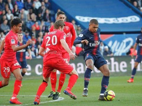 大巴黎欲重回榜首之位,领头羊里尔恐怕要让位了,里昂防守稳固