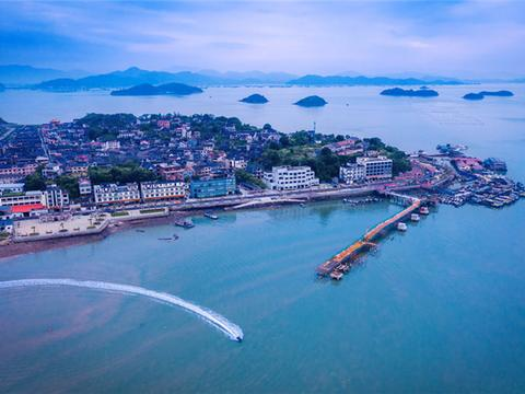 """从""""卖鱼蟹""""到""""卖风景"""",宁海峡山村完成华丽转变"""