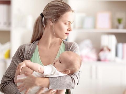 坐月子期间,宝妈要避开产后护理禁忌,避免落下月子病