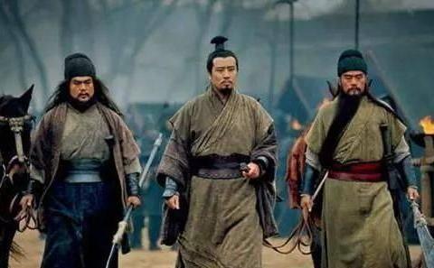 赵子龙武艺高强,长坂坡之战时,张飞为何敢说要一枪刺死赵云?