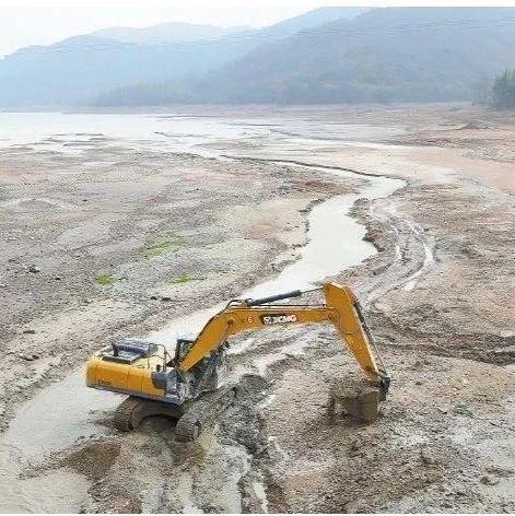少雨、水位低!旱情下里杜湖水库清淤扩容!