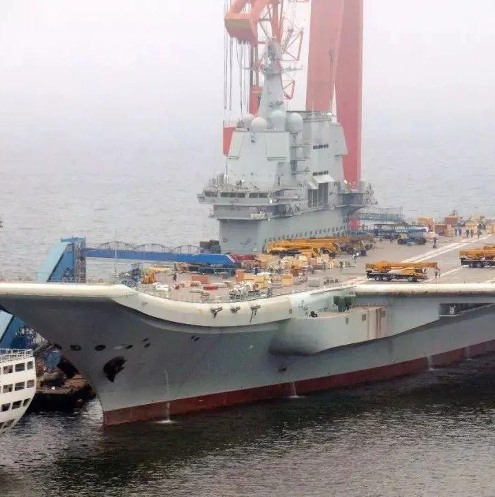 同样是国产航母:中国仅用3年就出海试水,印度早10年开工还在泡水