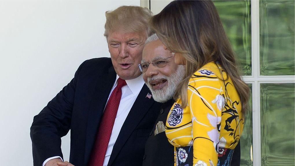 """盘点美国的外交失礼:特朗普给莫迪当""""红娘"""",模仿其印度口音"""