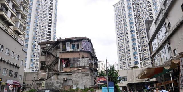 """深圳美甲店很""""尴尬"""",1000万嫌少,直到现在也没有拆迁的意向"""
