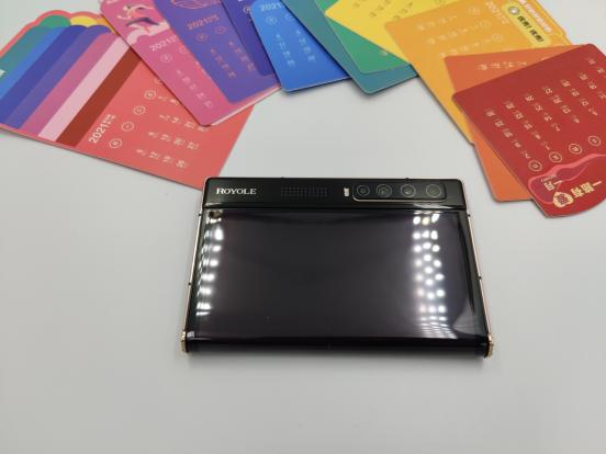 柔宇科技FlexPai 2销量大卖,抢占折叠屏手机跑道前列