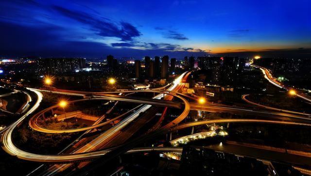 西安地铁在建,全长10.61公里,耗资23亿,将促进西安咸阳一体化