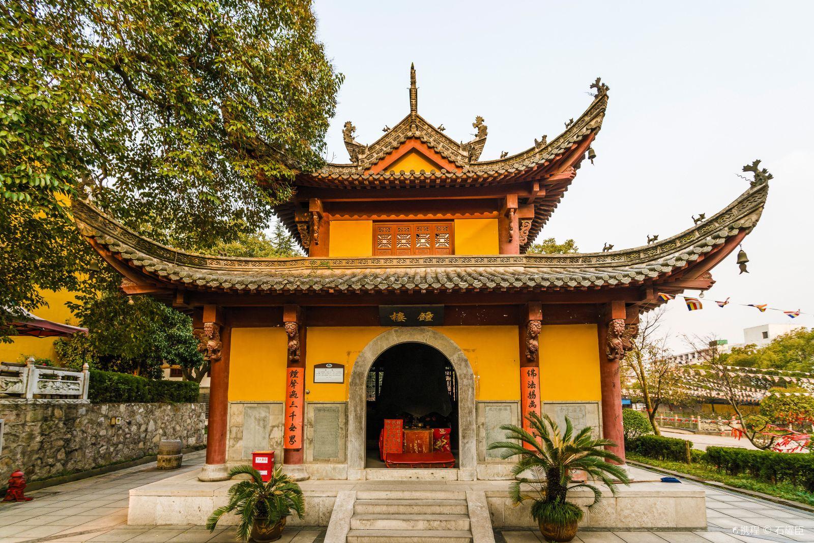 """安徽一千年古刹,仿九华山肉身宝殿建造,人称""""小九华"""""""