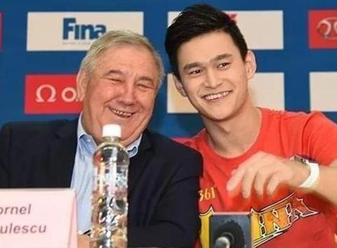 国际泳联一号和二号人物相继卸任,因善待孙杨饱受西方批评
