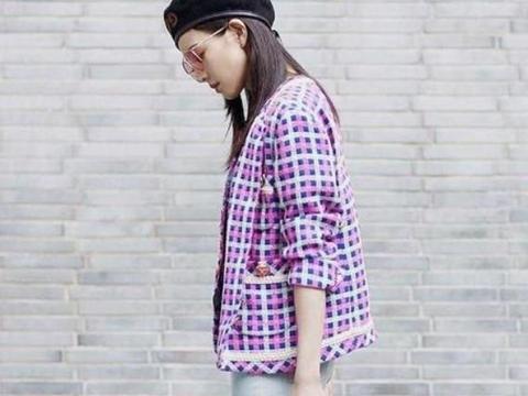 张钧甯休闲时尚风,紫色格子外套搭配牛仔裤,基本风格很有高级感