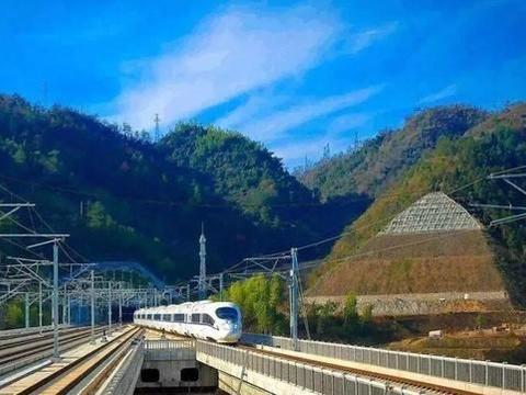 河南又一条高速铁路将通车,正线全长237.172千米,时速350千米