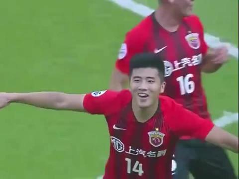 李圣龙头球梅开二度,亚冠小组赛上海上港2-1逆转战胜悉尼!