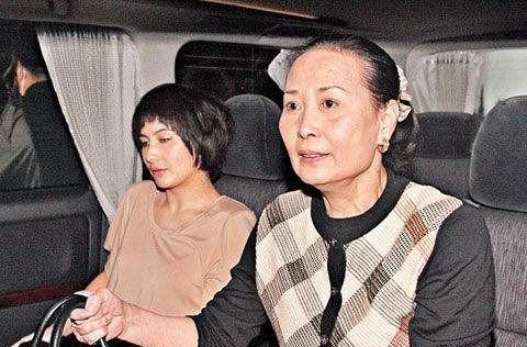 蓝琼缨嫁给何鸿燊后,为何却被雪藏好几年?因为入门之时才14岁