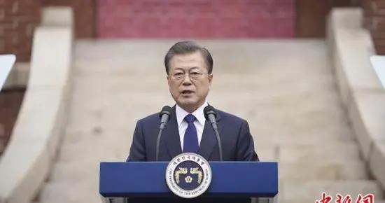 """韩国多人接种疫苗后死亡 文在寅称""""愿意接种"""""""