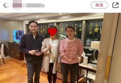 袁咏仪张智霖夫妇到朋友家做客,一出手就送爱马仕