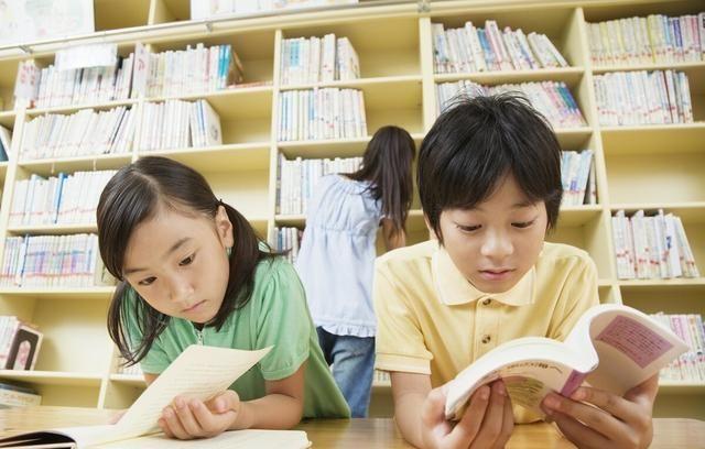 女儿高考语文140,尹建莉:儿童应该大量背诵诗歌,尤其是古诗