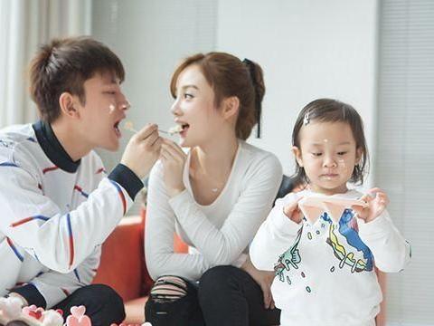 贾乃亮为什么放弃交往6年的王子文,转身娶了李小璐?原因很扎心