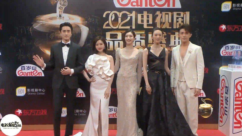 《三十而已》剧组:杨玏,毛晓彤,江疏影,童瑶……