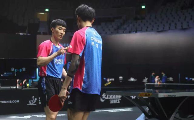 中国世界冠军拒绝让分轰11-0晋级,林昀儒双线冲冠