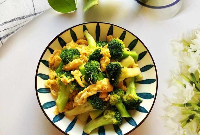 春天,多给孩子吃这菜,营养易吸收,孩子吃饭香,长得快体质强