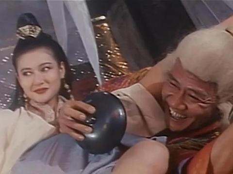 请来17位港台明星,东拼西凑笑料,这部武侠片生不逢时,沦为炮灰