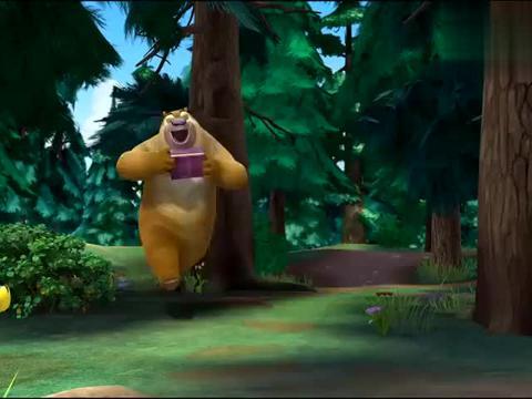 熊出没:一场误会,光头强了解情况之后,分给熊大熊二生鱼片!