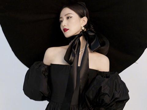 不同风格的黑色礼裙在刘诗诗的演绎下,呈现出来的状态也是不同的