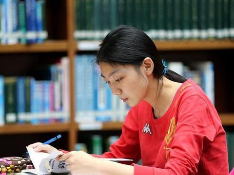 大学数理化仿照英语四六级,建立等级考试制度,可行吗?