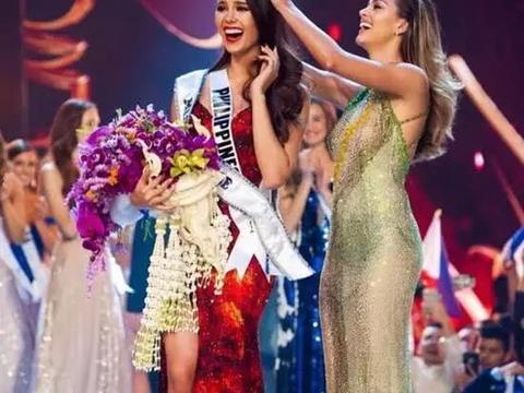 菲律宾女孩摘得环球小姐桂冠,亿万富翁用私人飞机亲自迎接