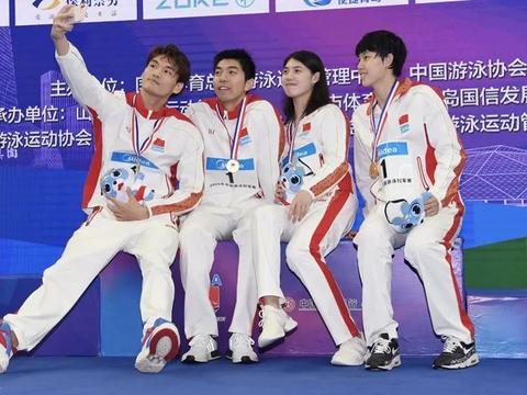 徐嘉余率领国家队夺冠 未打破3分38秒41世界纪录